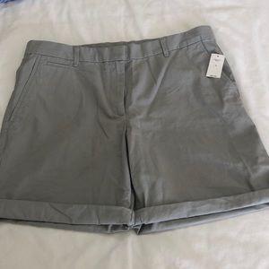 Gap boyfriend roll up shorts NWT